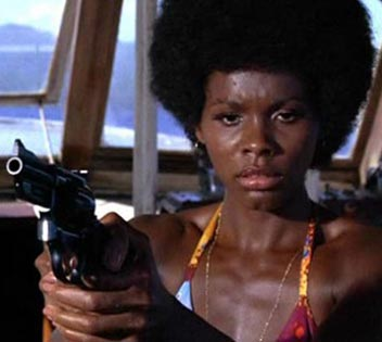 black-james-bond-007-girl-woman-actress-gloria-hendry-live-and-let-die-photos