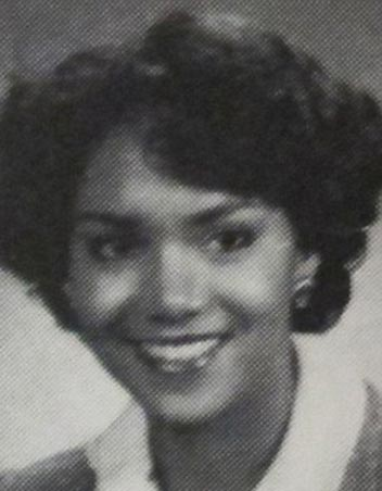 hollywood-actress-halle-berry-black-ethnicity-young-high-school-photo-picture