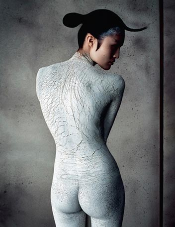 top-female-asian-fashion-model-chinese-sui-he-iD-magazine-cover-2012-photo-pictures