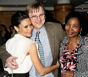 film-celebrity-thandie-newton-parents-mother-nyasha-father-nick-race-ethnicity-photo-picture1