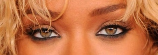 rihanna-natural-green-eye-contacts-color-close-up-pic-photo